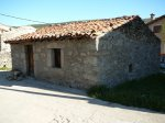 Aún se conservan muchas construcciones antiguas de piedra, teja y madera.